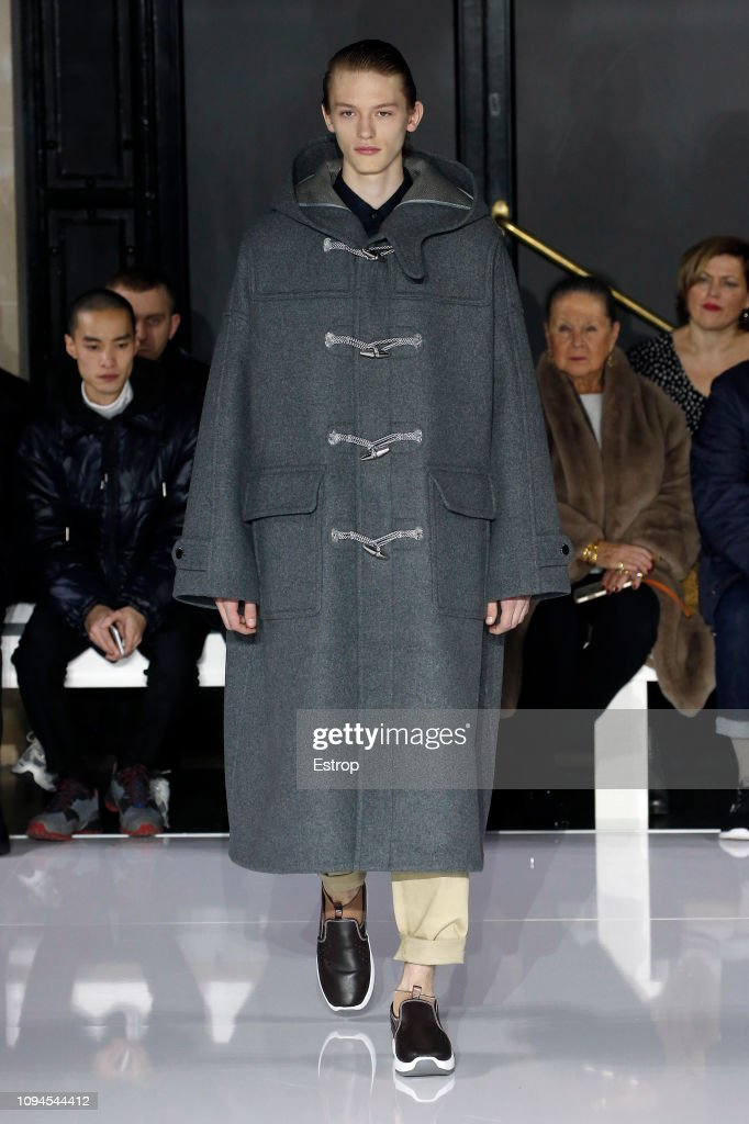 Fumito Ganryu : Runway - Paris Fashion Week - Menswear F/W 2019-2020 : ニュース写真