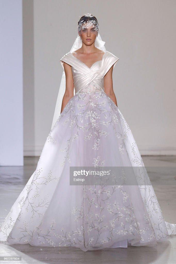 Georges Chakra : Runway - Paris Fashion Week - Haute Couture Fall Winter 2018/2019 : News Photo