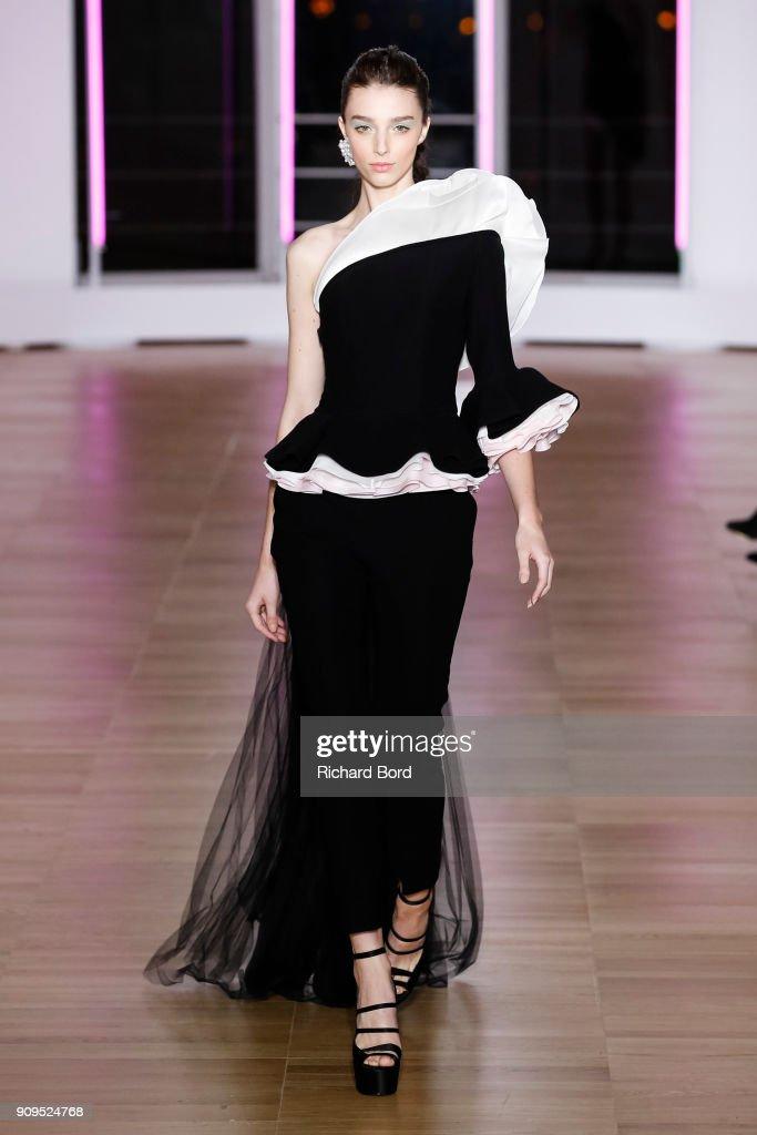 Georges Chakra : Runway - Paris Fashion Week - Haute Couture Spring Summer 2018