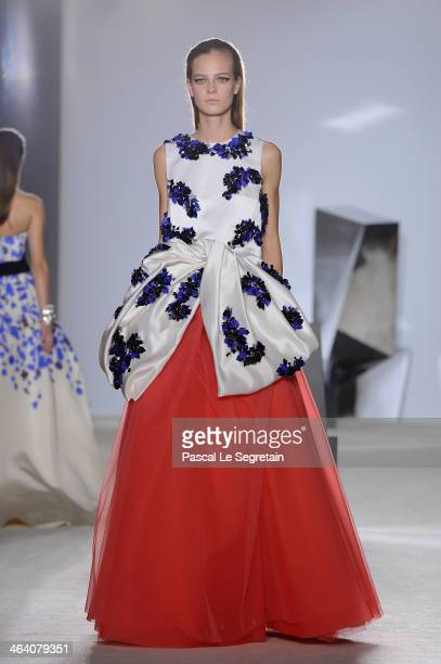 Model walks the runway during the Giambattista Valli show as part of Paris Fashion Week Haute Couture Spring/Summer 2014 on January 20, 2014 in...