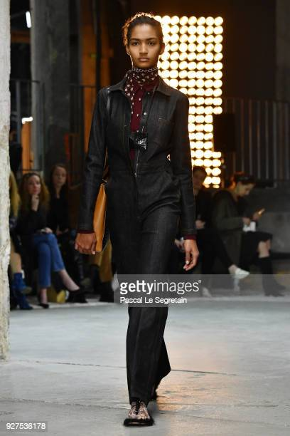 A model walks the runway during the Giambattista Valli show as part of the Paris Fashion Week Womenswear Fall/Winter 2018/2019 on March 5 2018 in...