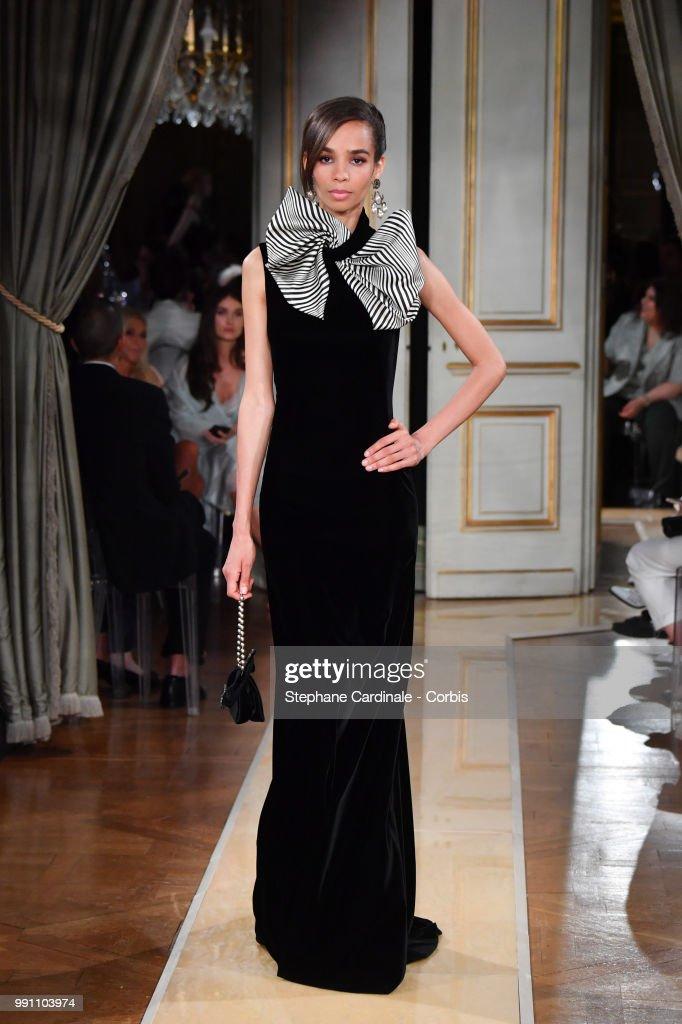 model-walks-the-runway-during-the-giorgio-armani-prive-haute-couture-picture-id991103974