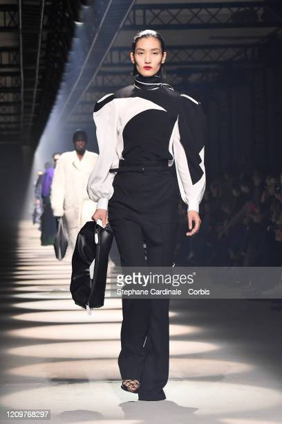 Model walks the runway during the Givenchy as part of the Paris Fashion Week Womenswear Fall/Winter 2020/2021 on March 01, 2020 in Paris, France.