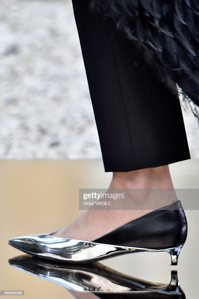 Givenchy : Runway - Paris Fashion Week - Haute Couture Fall Winter 2018/2019 : News Photo