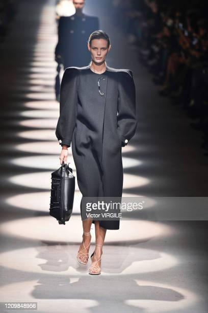 Model walks the runway during the Givenchy Ready to Wear fashion show as part of the Paris Fashion Week Womenswear Fall/Winter 2020-2021 on March 01,...