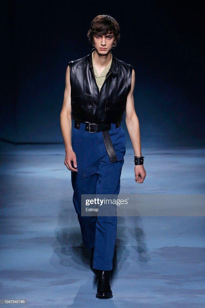 Givenchy : Runway - Paris Fashion Week Womenswear Spring/Summer 2019 : Nachrichtenfoto