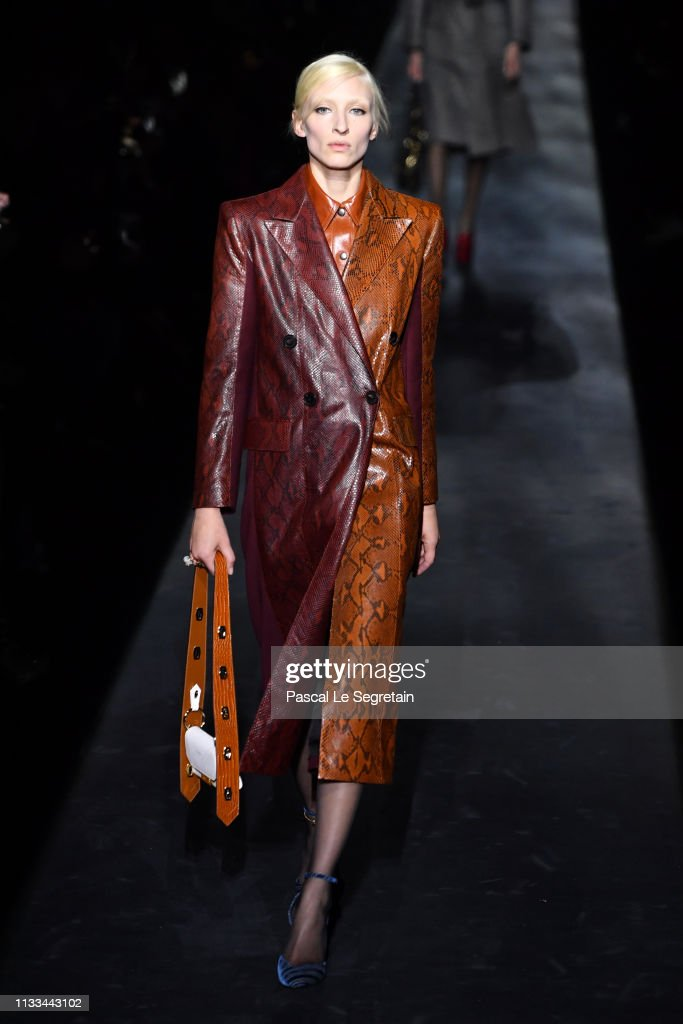 model-walks-the-runway-during-the-givenchy-show-as-part-of-the-paris-picture-id1133443102