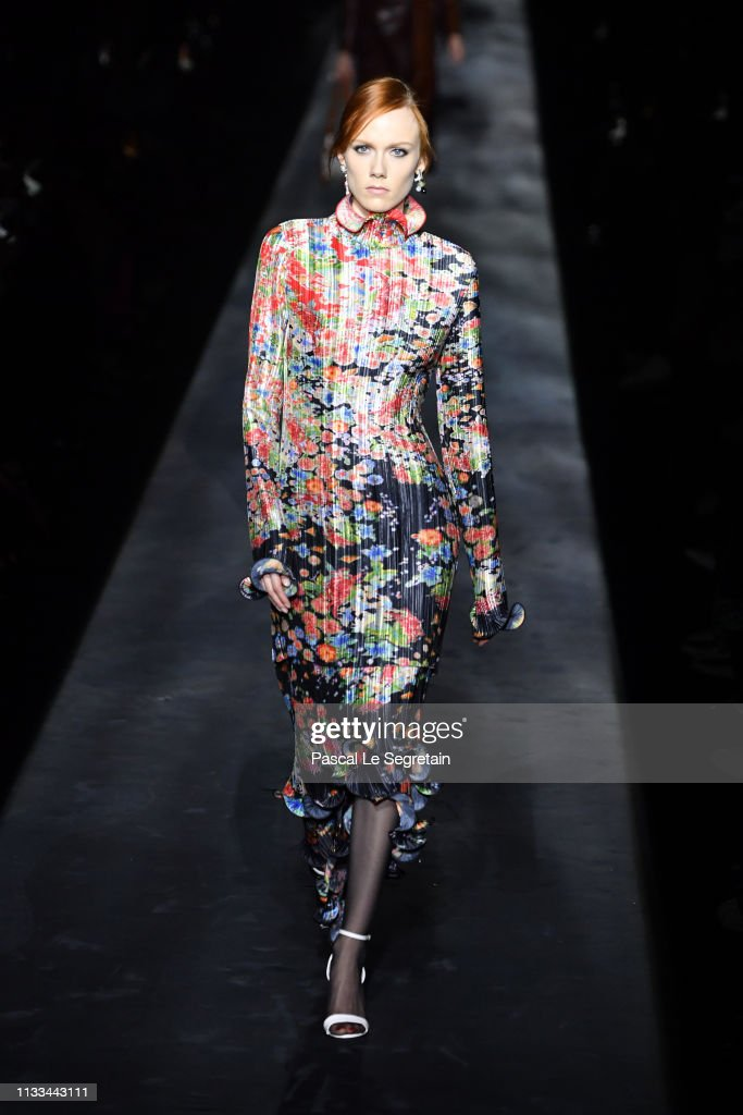 model-walks-the-runway-during-the-givenchy-show-as-part-of-the-paris-picture-id1133443111
