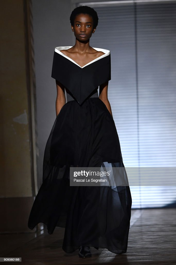 model-walks-the-runway-during-the-givenchy-spring-summer-2018-show-as-picture-id909380186