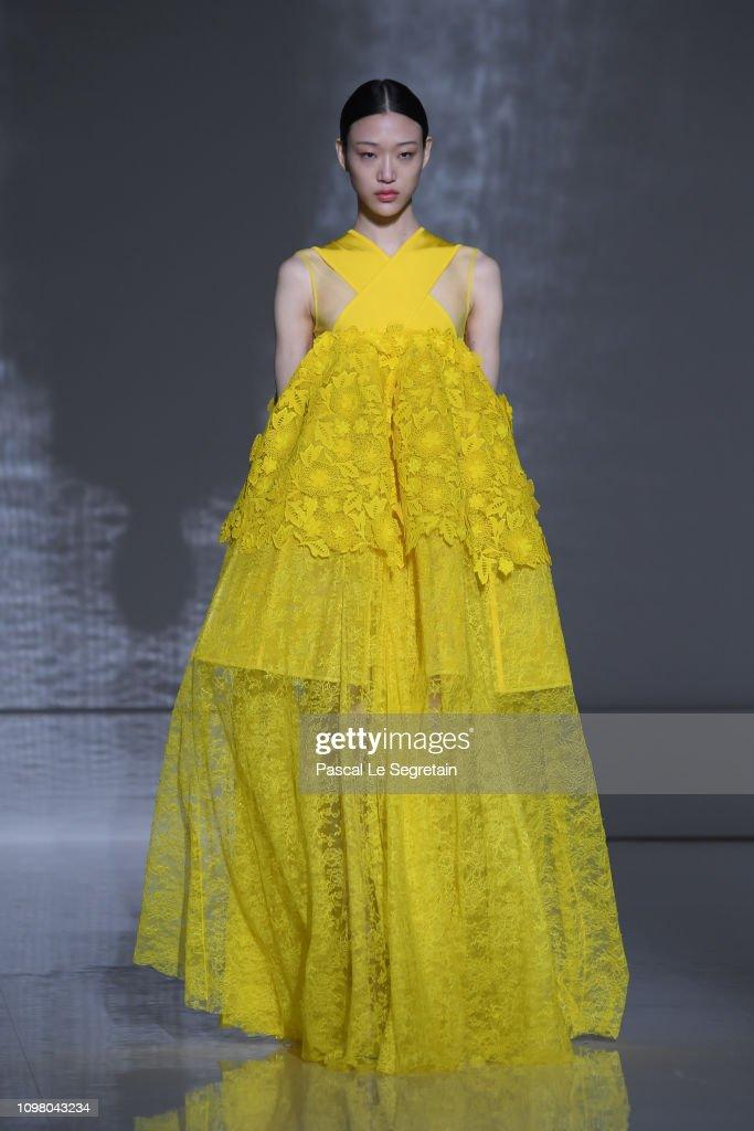 Givenchy : Runway - Paris Fashion Week - Haute Couture Spring Summer 2019 : Photo d'actualité