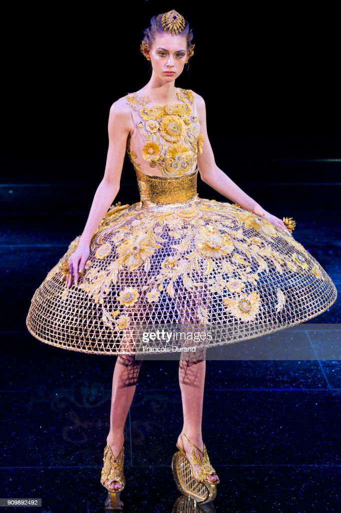 model-walks-the-runway-during-the-guo-pei-spring-summer-2018-show-as-picture-id909892492