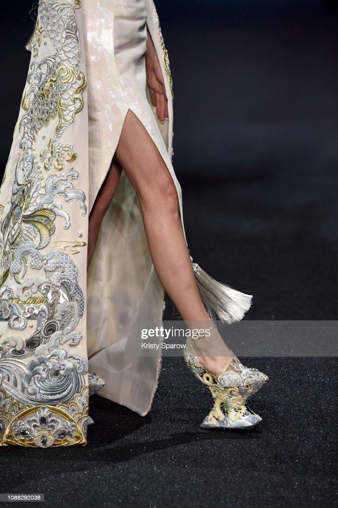 Guo Pei : Runway - Paris Fashion Week - Haute Couture Spring Summer 2019 : News Photo