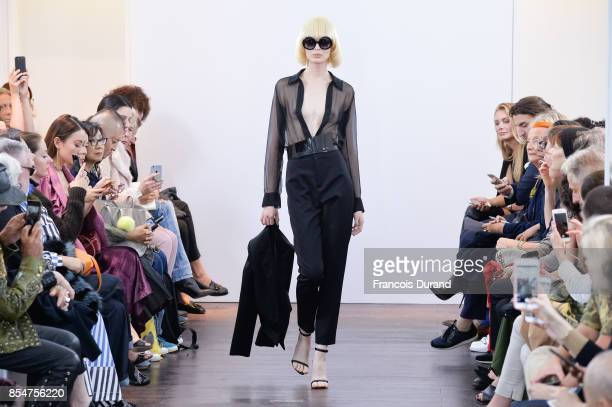 A model walks the runway during the Guy Laroche show as part of the Paris Fashion Week Womenswear Spring/Summer 2018 on September 27 2017 in Paris...