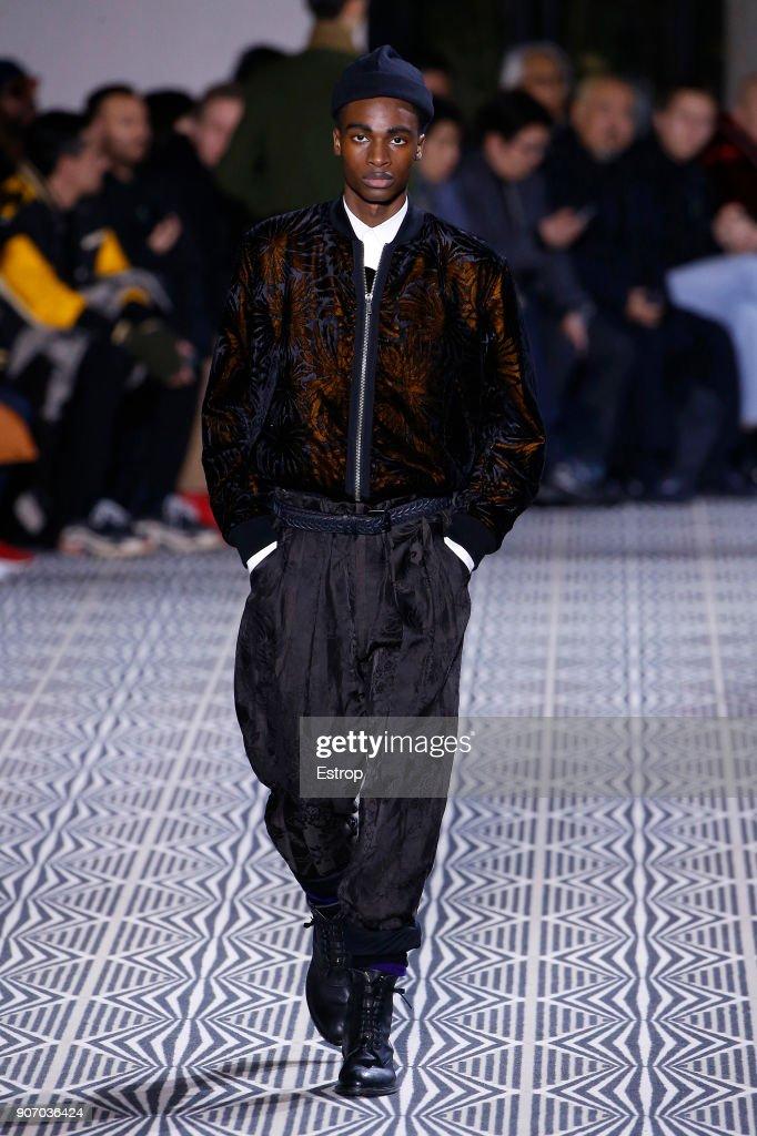 Haider Ackermann : Runway - Paris Fashion Week - Menswear F/W 2018-2019 : ニュース写真