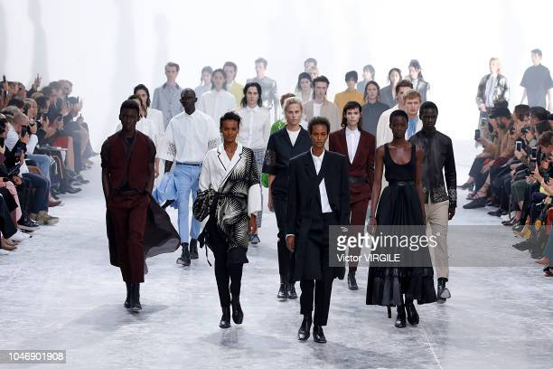 A model walks the runway during the Haider Ackermann Ready to Wear fashion show as part of Paris Fashion Week Womenswear Spring/Summer 2019 on...