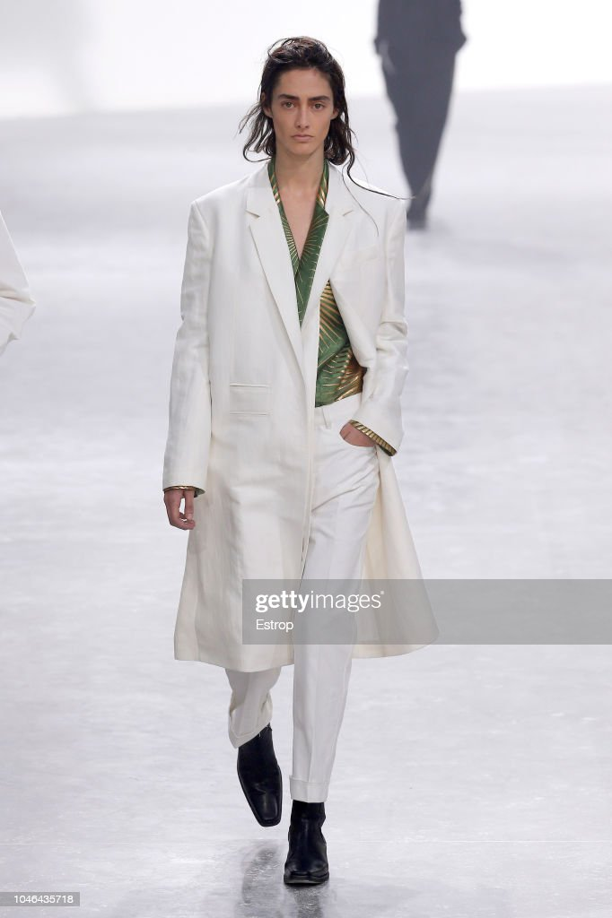 Haider Ackermann : Runway - Paris Fashion Week Womenswear Spring/Summer 2019 : ニュース写真