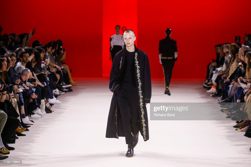 Haider Ackermann : Runway - Paris Fashion Week Womenswear Fall/Winter 2019/2020 : ニュース写真