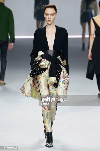 Model walks the runway during the Haider Ackermann Womenswear Spring/Summer 2020 show as part of Paris Fashion Week on September 28, 2019 in Paris,...