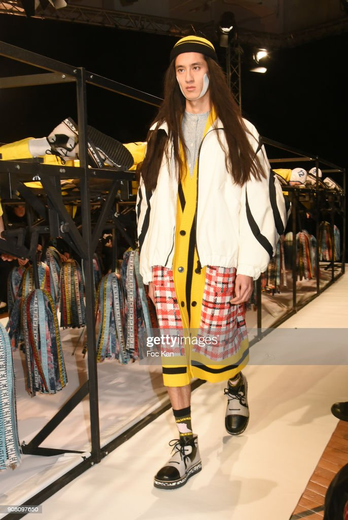 Henrik Vibskov : Runway - Paris Fashion Week - Menswear F/W 2018-2019