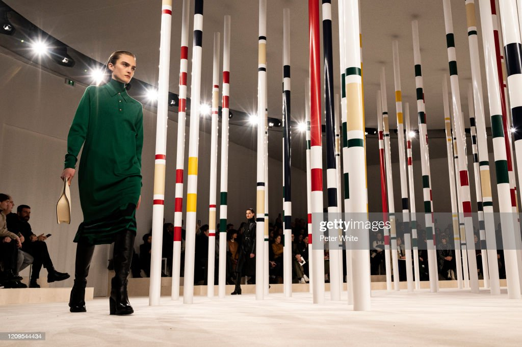 Hermes : Runway - Paris Fashion Week Womenswear Fall/Winter 2020/2021 : Photo d'actualité