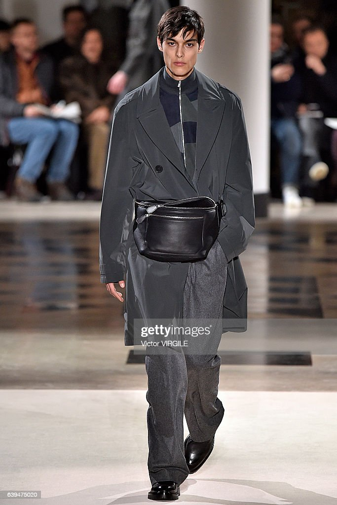 Hermes : Runway - Paris Fashion Week - Menswear F/W 2017-2018 : ニュース写真