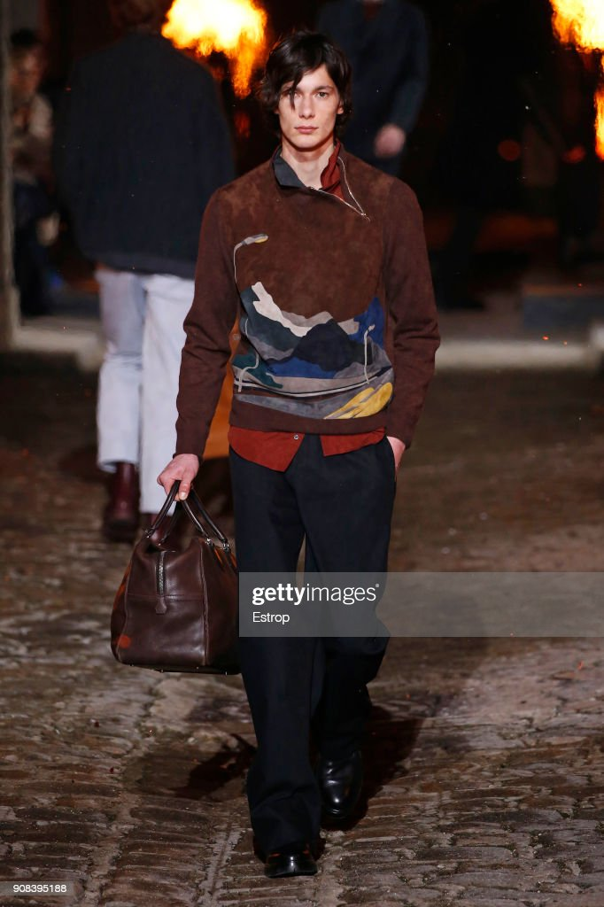 Hermes : Runway - Paris Fashion Week - Menswear F/W 2018-2019 : ニュース写真