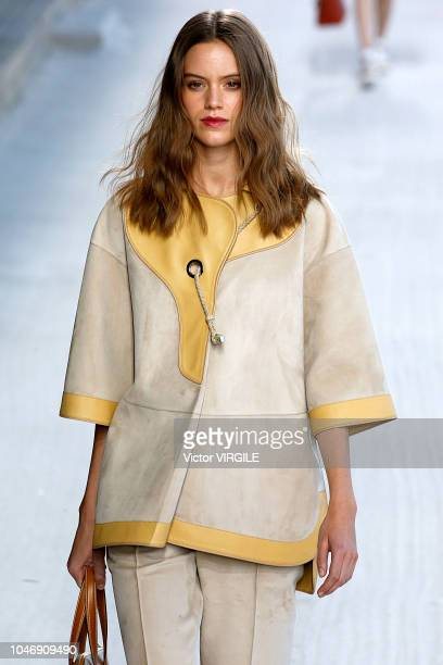 A model walks the runway during the Hermes Ready to Wear fashion show as part of the Paris Fashion Week Womenswear Spring/Summer 2019 on September 29...