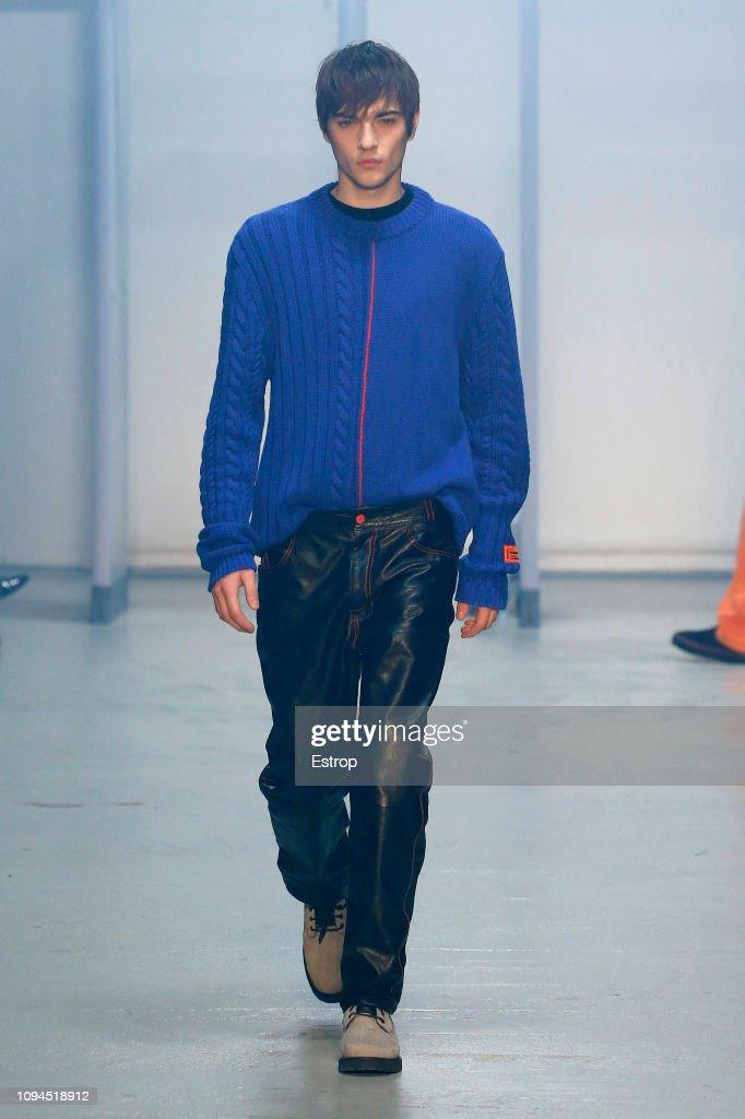 Heron Preston : Runway - Paris Fashion Week - Menswear F/W 2019-2020 : News Photo