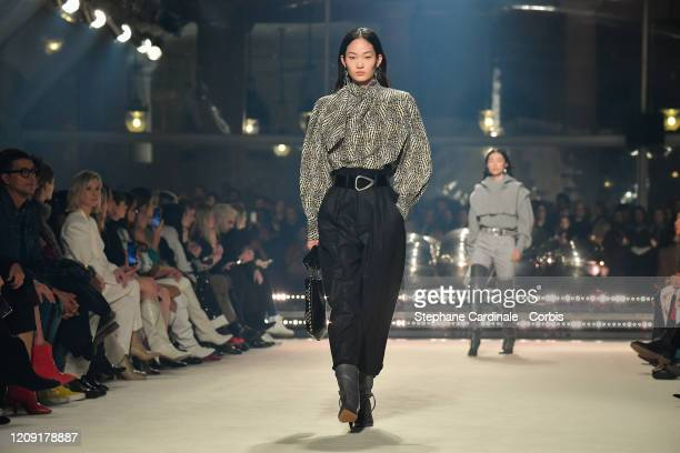 Model walks the runway during the Isabel Marant show as part of the Paris Fashion Week Womenswear Fall/Winter 2020/2021 on February 27, 2020 in...