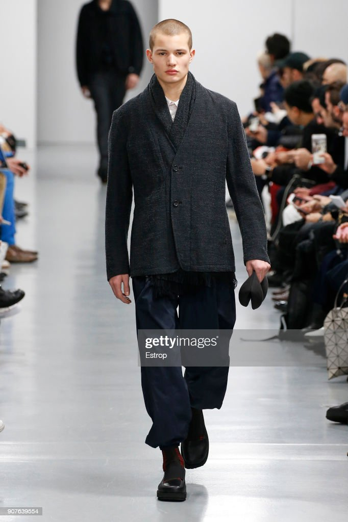 Issey Miyake Men : Runway - Paris Fashion Week - Menswear F/W 2018-2019 : News Photo