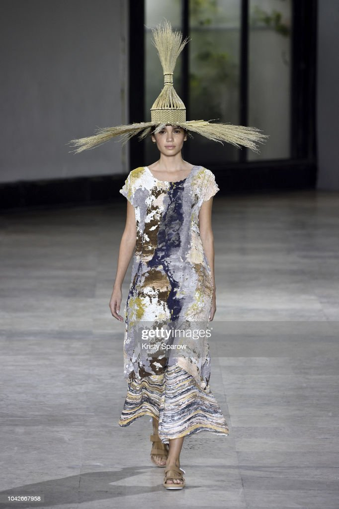 model-walks-the-runway-during-the-issey-miyake-show-as-part-of-paris-picture-id1042667958