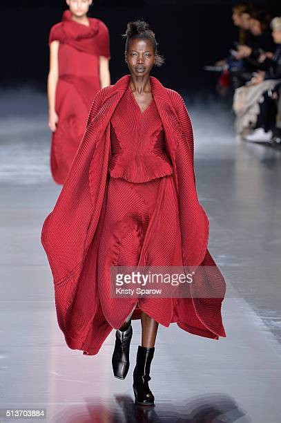 A model walks the runway during the Issey Miyake show as part of Paris Fashion Week Womenswear Fall/Winter 2016/2017 on March 4 2016 in Paris France