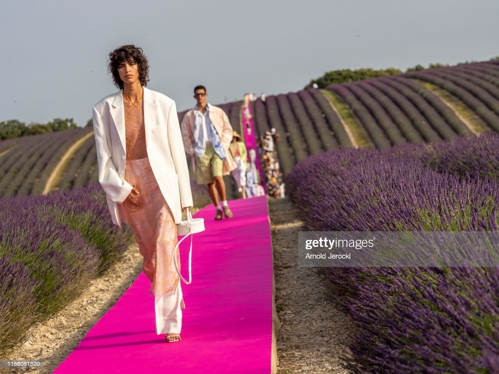 Jacquemus : Runway - Fashion Week - Menswear Spring/Summer 2020 : News Photo
