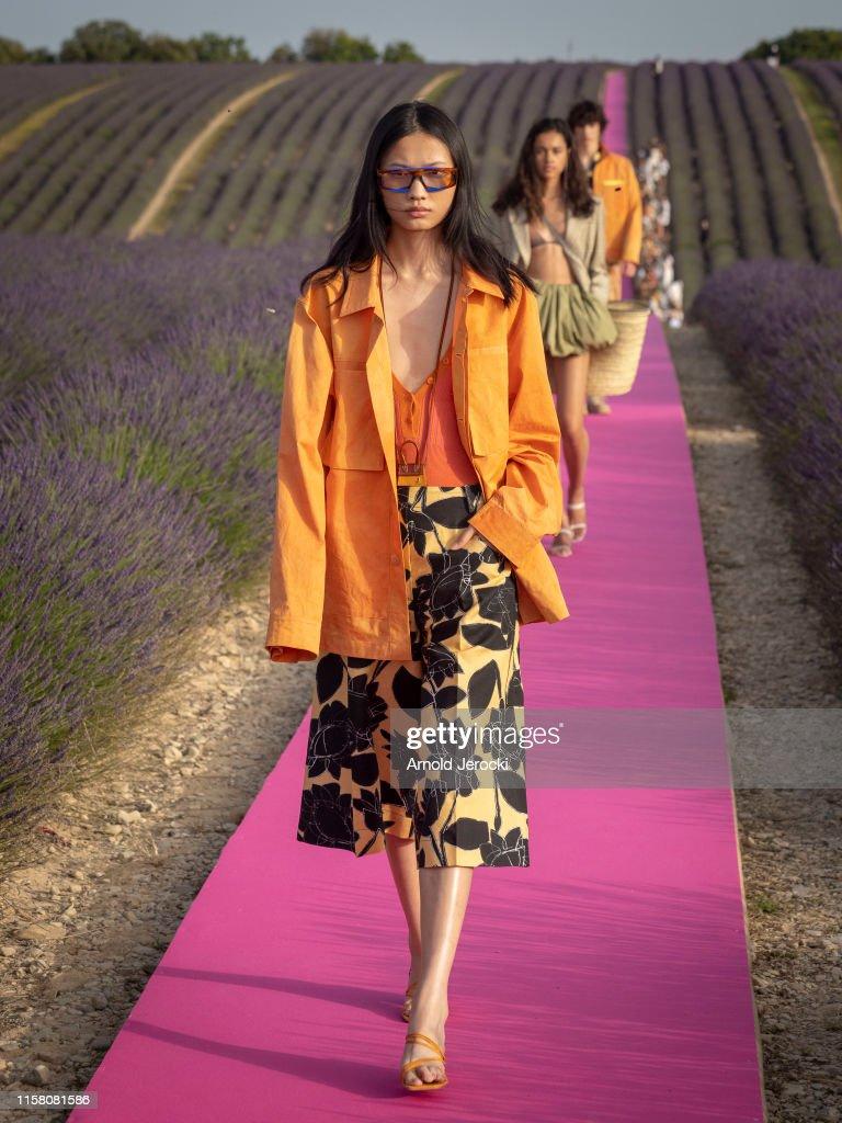 Jacquemus : Runway - Fashion Week - Menswear Spring/Summer 2020 : News Photo