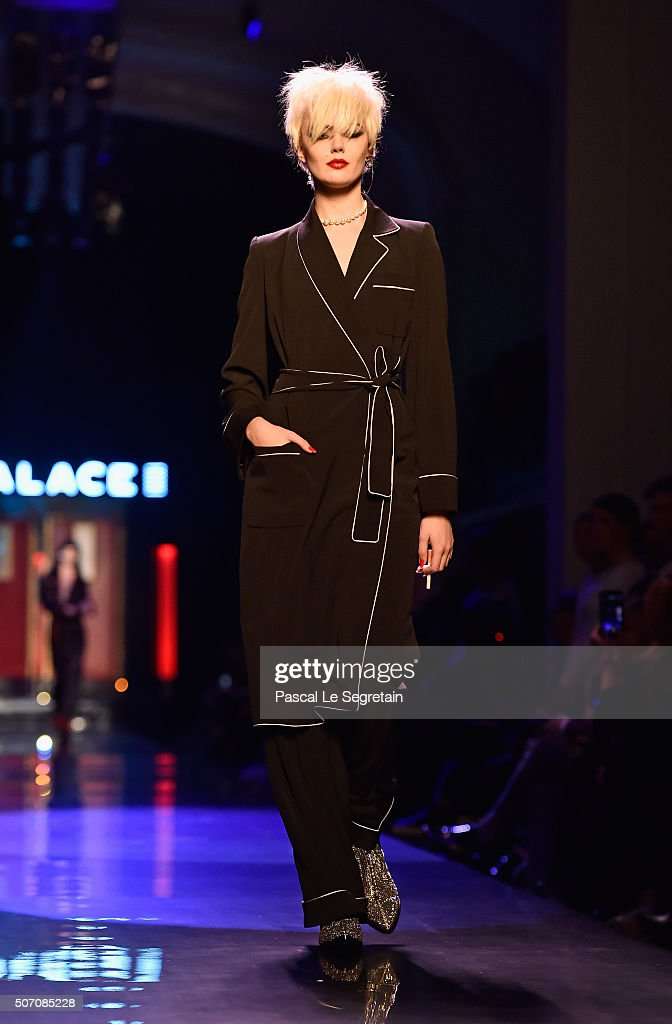 Jean Paul Gaultier : Runway - Paris Fashion Week - Haute Couture Spring Summer 2016 : News Photo