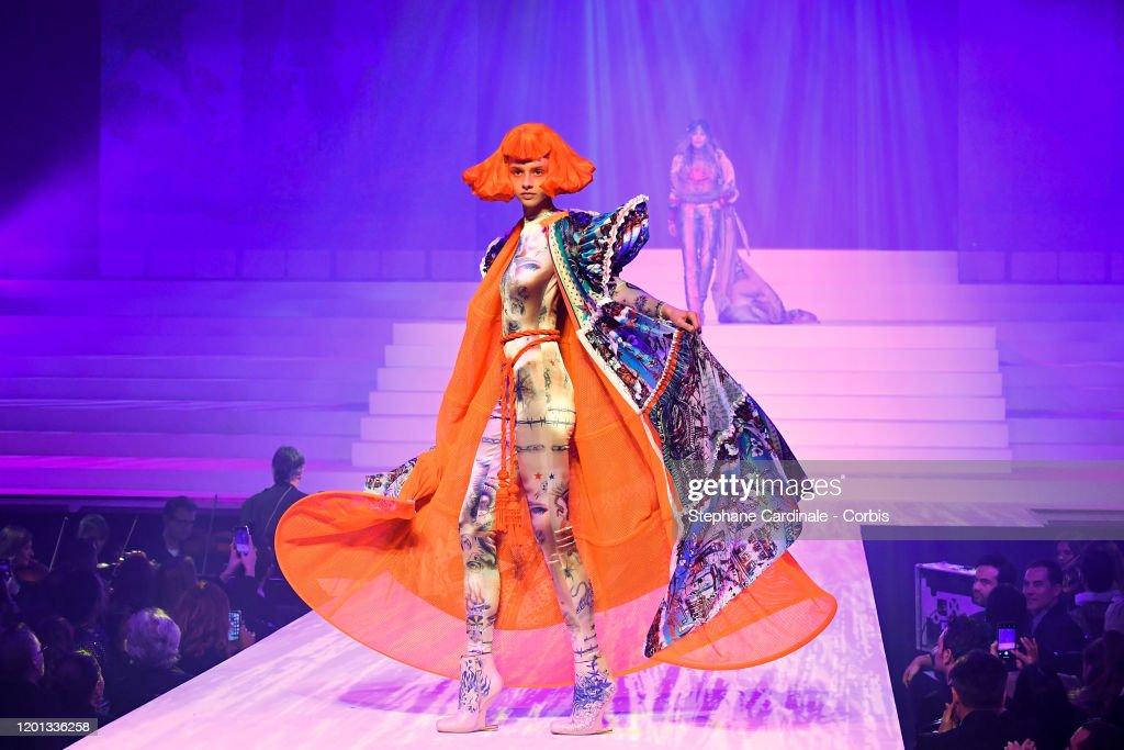 Jean-Paul Gaultier : Runway - Paris Fashion Week - Haute Couture Spring/Summer 2020 : ニュース写真
