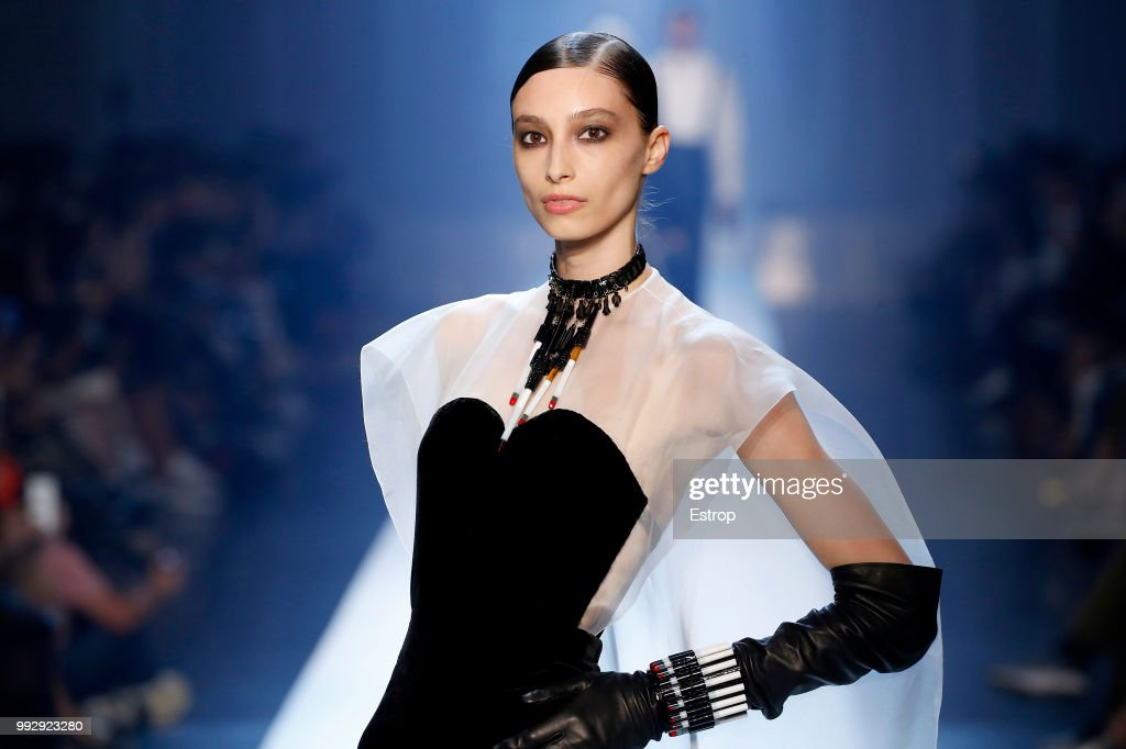Jean-Paul Gaultier : Runway - Paris Fashion Week - Haute Couture Fall Winter 2018/2019 : ニュース写真