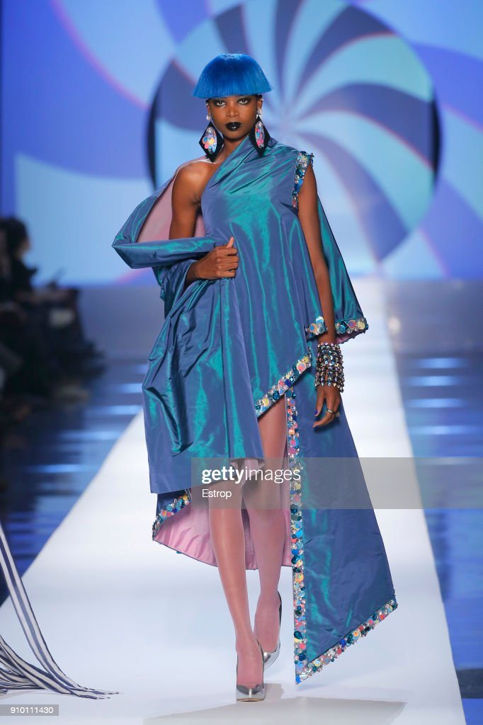model-walks-the-runway-during-the-jeanpaul-gaultier-spring-summer-picture-id910111430