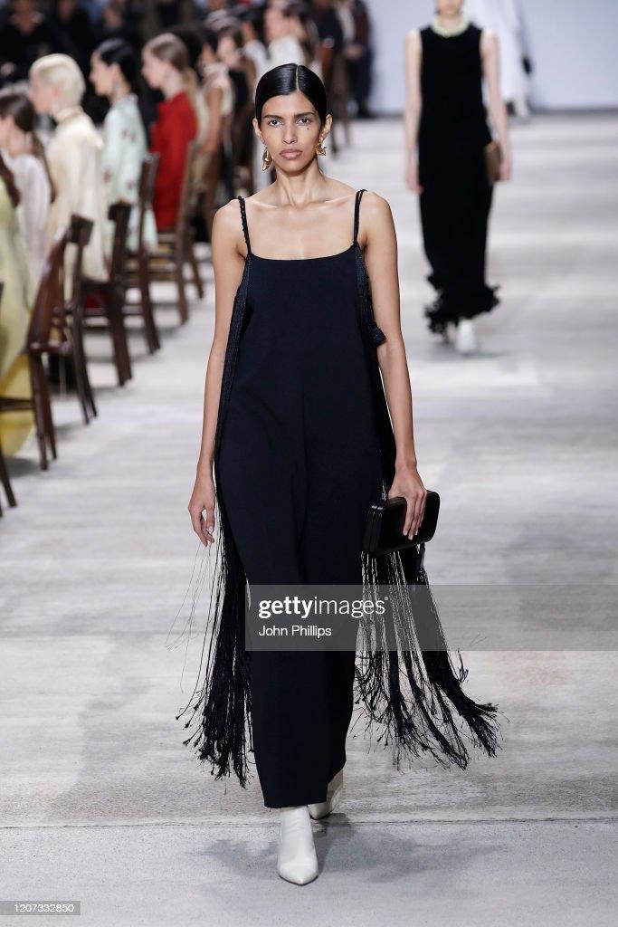 Jil Sander  - Runway - Milan Fashion Week Fall/Winter 2020-2021 : News Photo