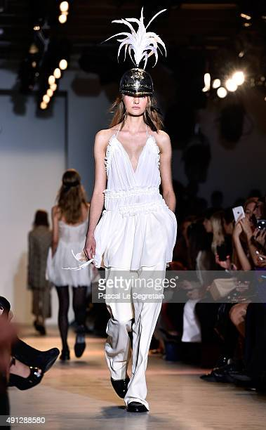 Model walks the runway during the John Galliano show as part of the Paris Fashion Week Womenswear Spring/Summer 2016 on October 4, 2015 in Paris,...