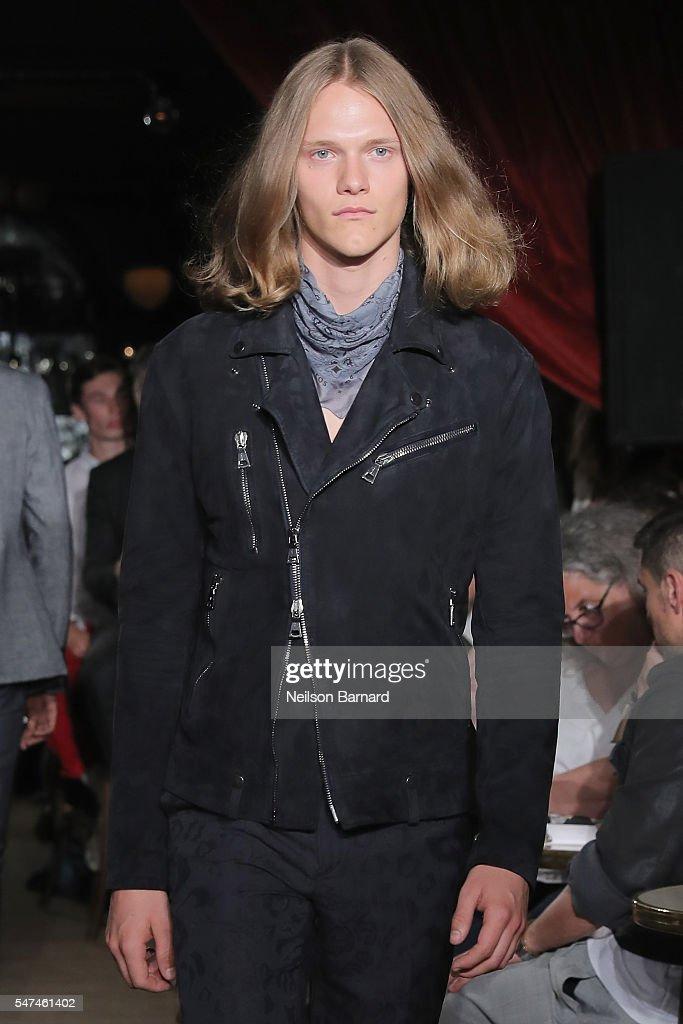 NY: John Varvatos Spring/Summer 2017 Fashion Show - Runway