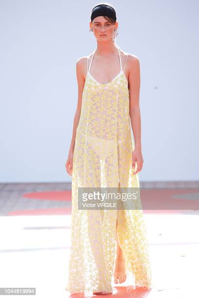 Model walks the runway during the Jour/ne Ready to Wear fashion show as part of the Paris Fashion Week Womenswear Spring/Summer 2019 on September 25,...