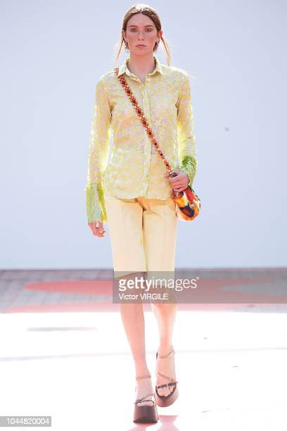 A model walks the runway during the Jour/ne Ready to Wear fashion show as part of the Paris Fashion Week Womenswear Spring/Summer 2019 on September...