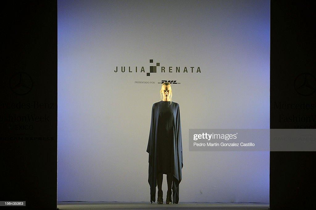 A model walks the runway during the Julia & Renata Spring/Summer 2013 collection at Carpa Santa Fe on November 14, 2012 in Mexico City, Mexico.