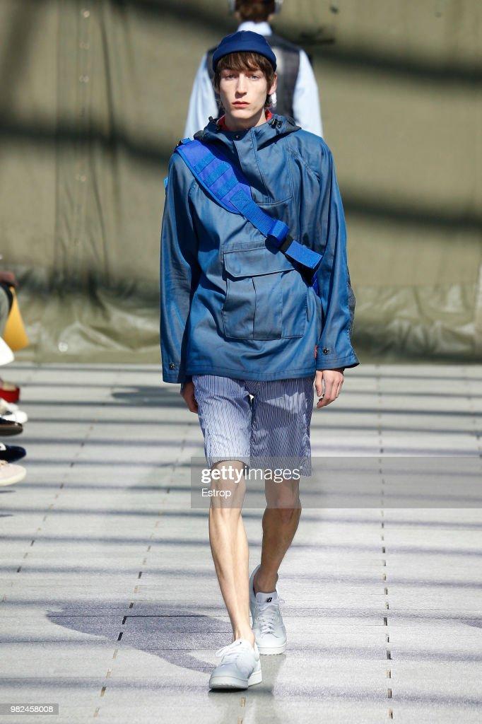 Junya Watanabe Man: Runway - Paris Fashion Week - Menswear Spring/Summer 2019 : News Photo
