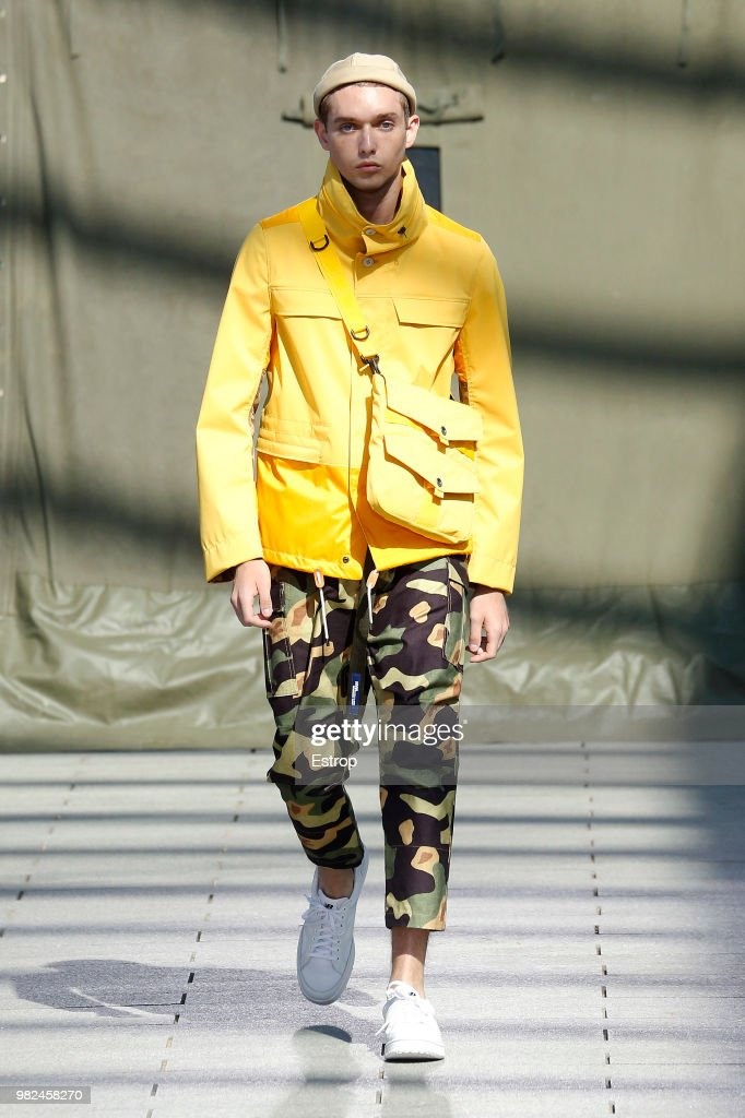 Junya Watanabe Man: Runway - Paris Fashion Week - Menswear Spring/Summer 2019 : ニュース写真