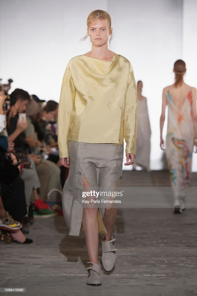 model-walks-the-runway-during-the-kristina-fidelskaya-show-as-part-of-picture-id1039410082
