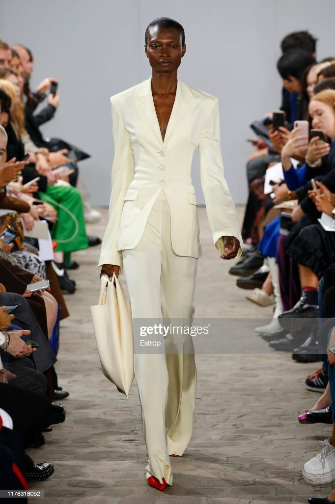 Kwaidan Editions : Runway - Paris Fashion Week - Womenswear Spring Summer 2020 : News Photo