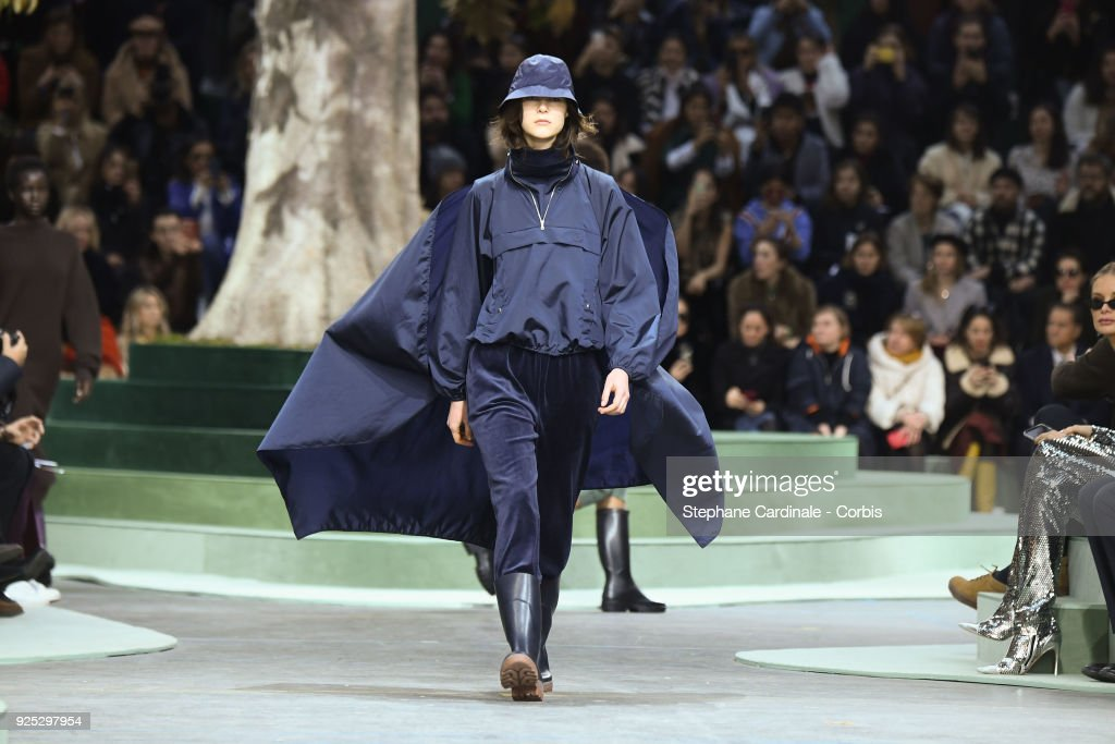 Lacoste : Runway - Paris Fashion Week Womenswear Fall/Winter 2018/2019 : ニュース写真
