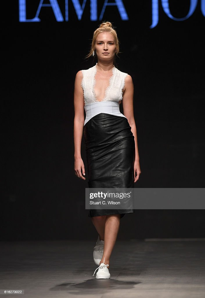 A model walks the runway during the Lama Jouni show at Fashion Forward Spring/Summer 2017 held at the Dubai Design District on October 22, 2016 in Dubai, United Arab Emirates.